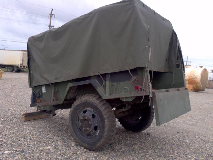 MILITARY 1/2 TON M105A2 TRAILER WITH RACKS, VINYL TOP  NO TITLE  SN