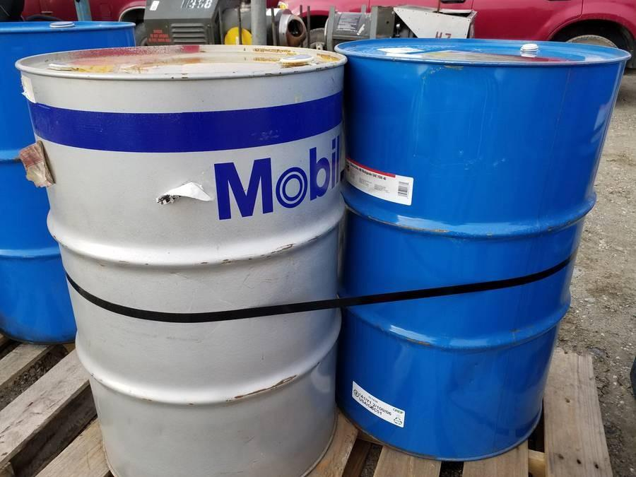 1 EA 55 GALLON DRUM MOBIL SHC 630 SYNTHETIC OIL, ISO VG 220