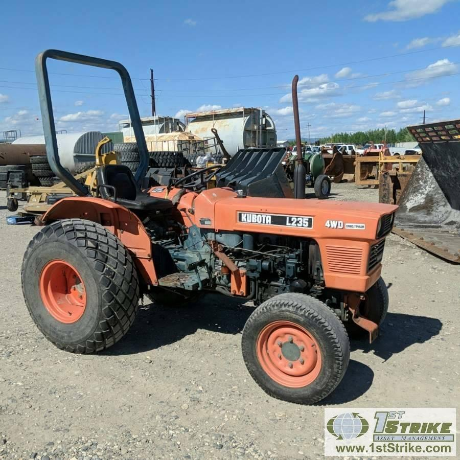 TRACTOR, KUBOTA L235, 3CYL DIESEL ENGINE, 4X4, OROPS Auction